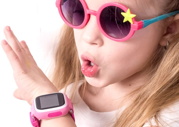 kids fitbit watch