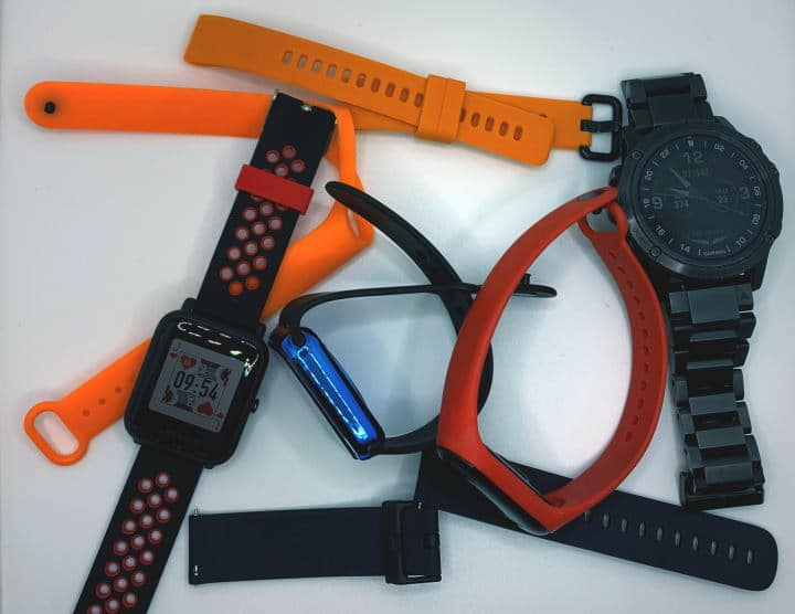 Smartwatches and watch bands