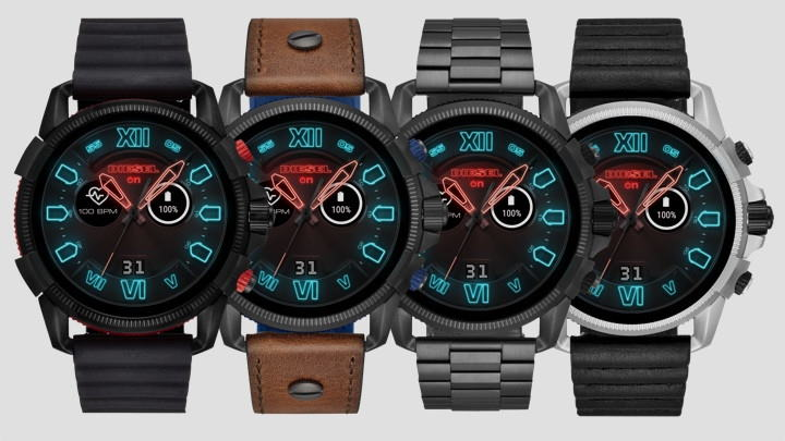 Diesel Smartwatch On Full Guard 2.5