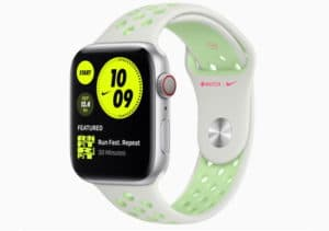 Apple Watch 6 - Green and white