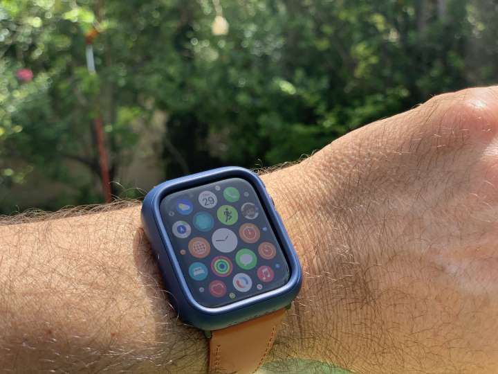 Rhinoshield outdoor protection for Apple Watch