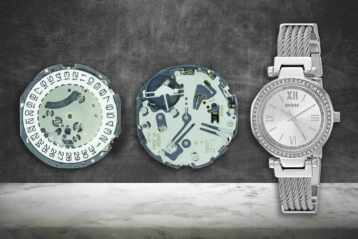 Shiojiri quartz mechanism of Guess watches Women's Analogue Quartz Watch with black background