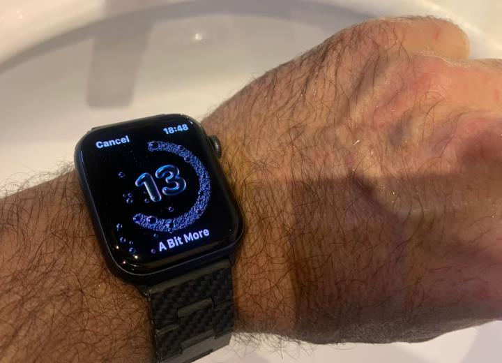 Washing Hands with Apple Watch 6