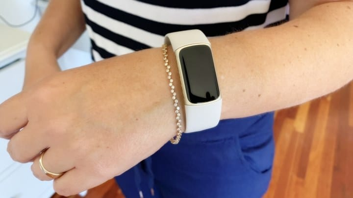 Fitbit Charge 5 on Woman's hand